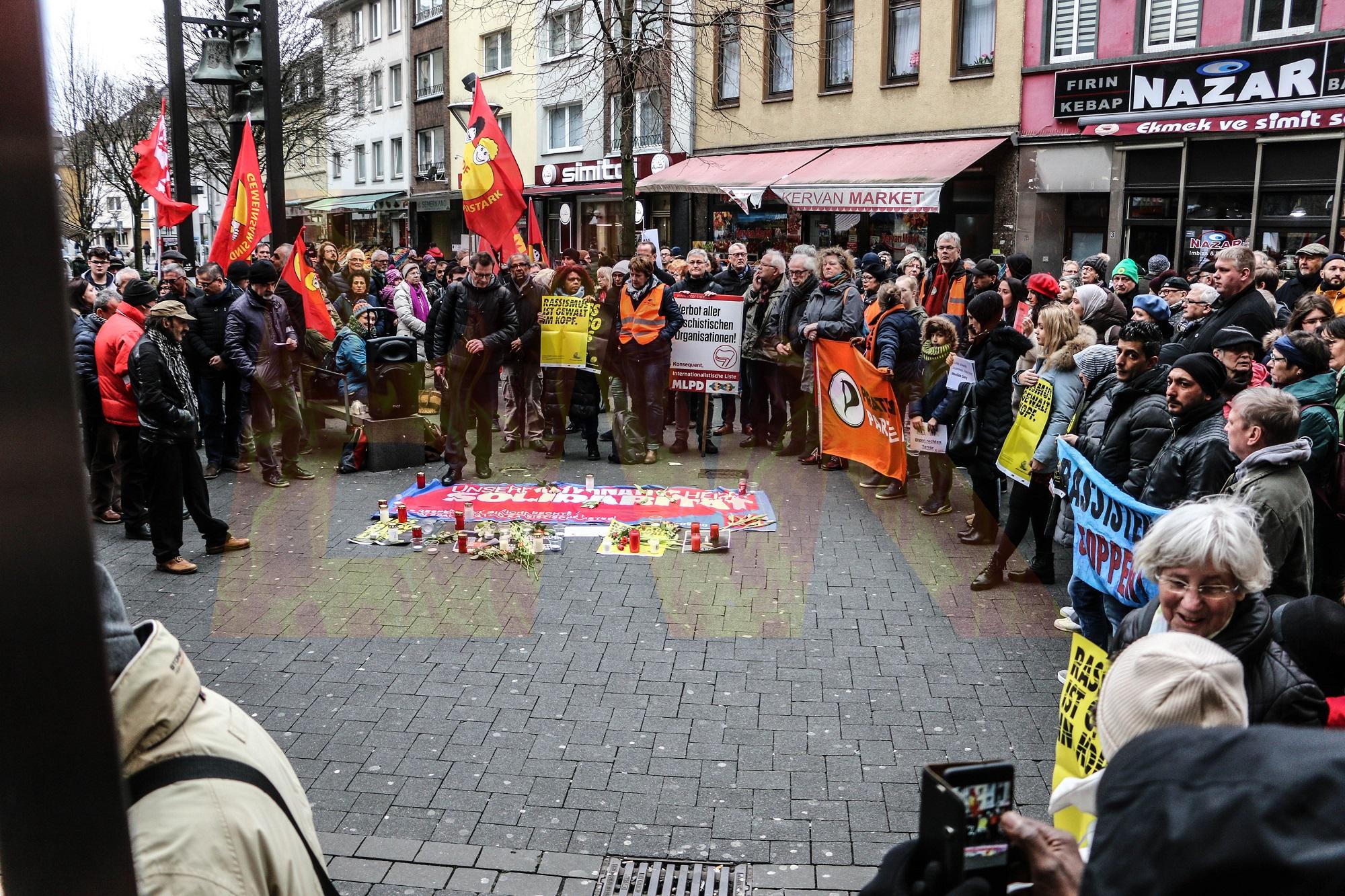 Hanau Afd Reaktion